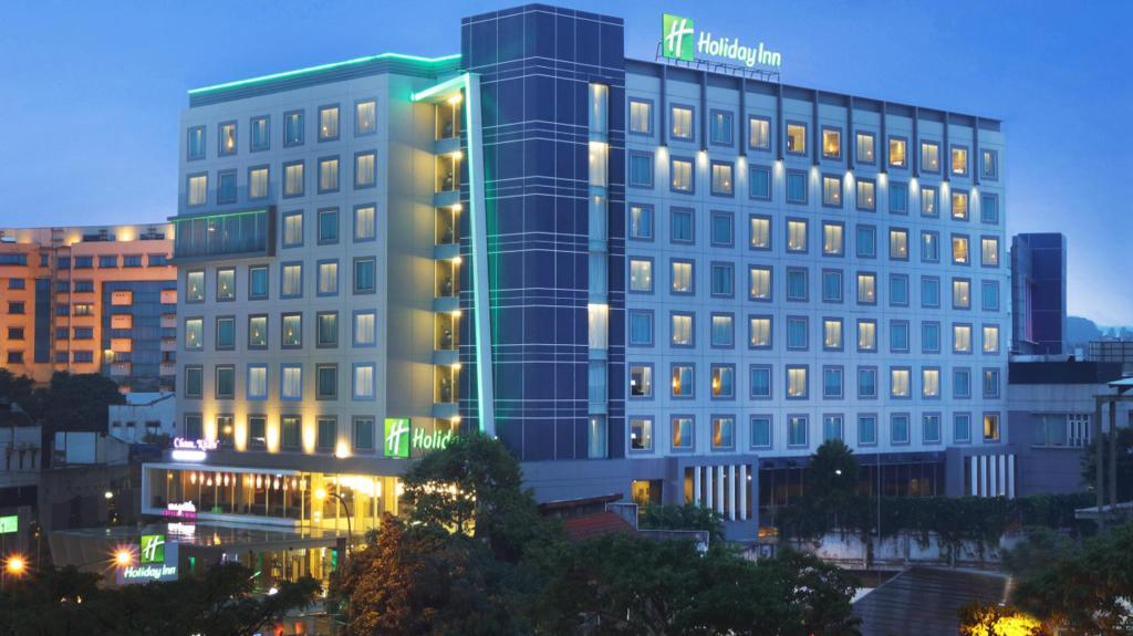 More about Holiday Inn Bandung Pasteur