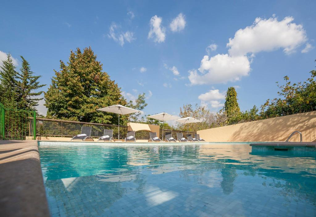 piscina al aire libre Le Club Mougins by Diamond Resorts