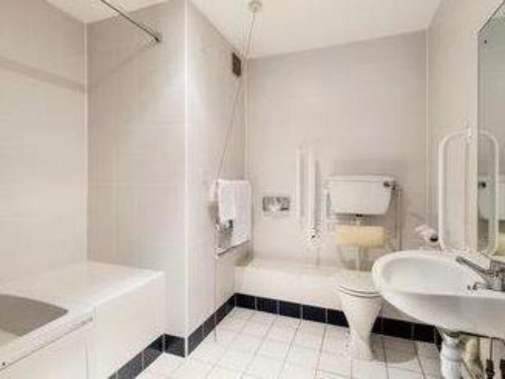 Baño Days Inn Peterborough
