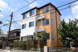 Shonan Enoshima Seaside Guest House