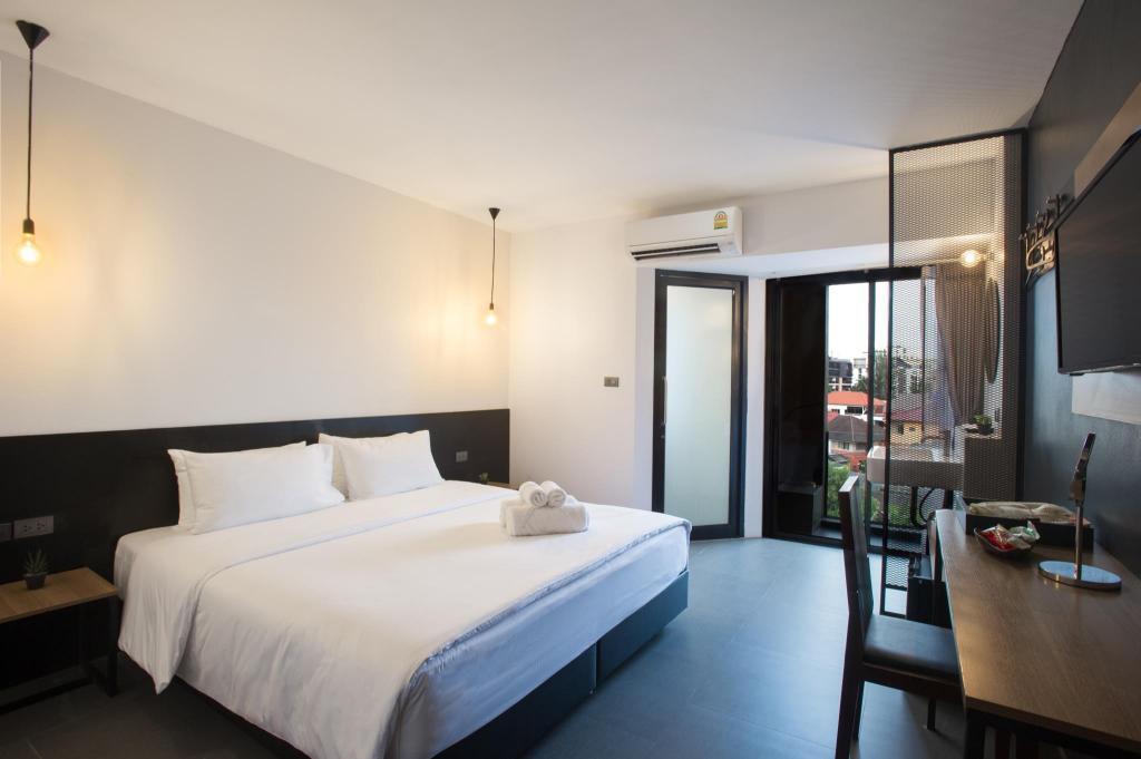 Hasil gambar untuk 9.5 Hotel Agoda