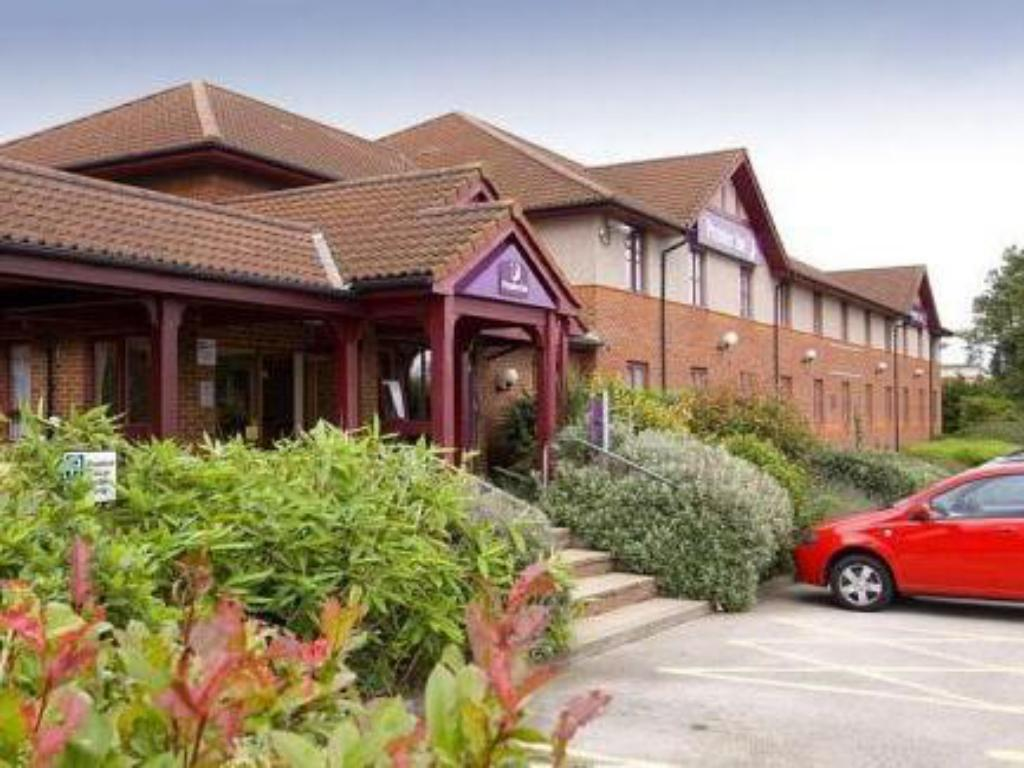 See all 6 photos Premier Inn Mansfield