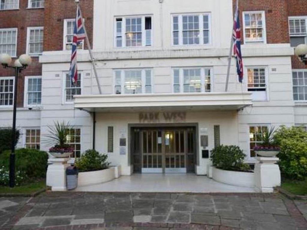 Park West Apartments in London - Room Deals, Photos & Reviews