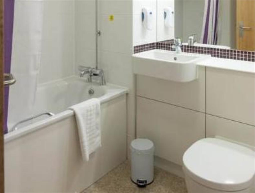 Bagno Premier Inn Tonbridge North