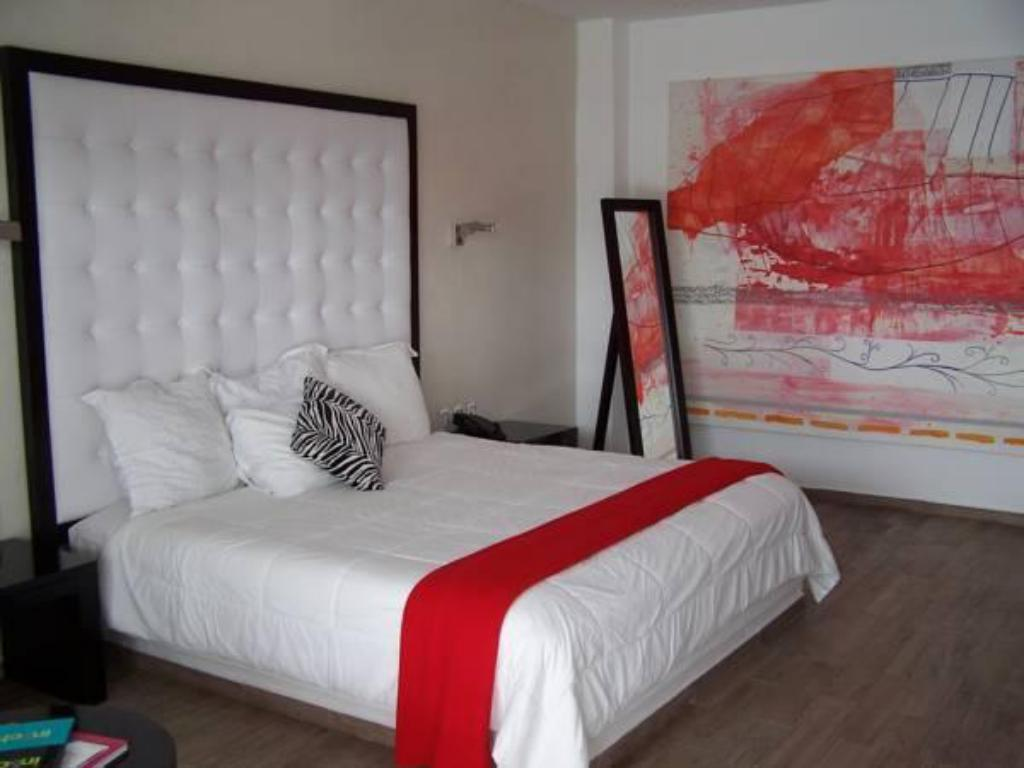 Petite Suite In Fashion Hotel Boutique Adult Only