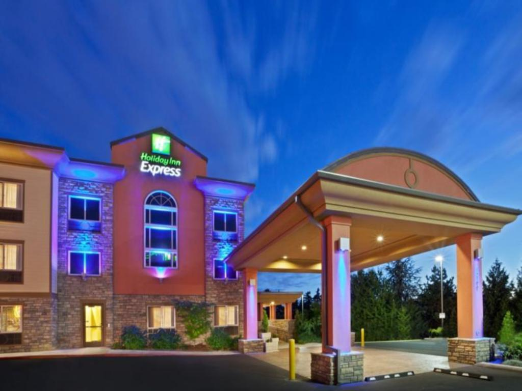 Holiday Inn Express Portland South Lake Oswego In Portland Or