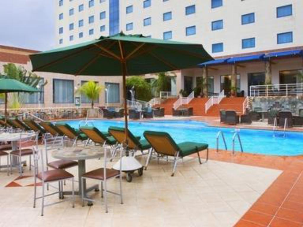 best price on holiday inn accra airport in accra reviews