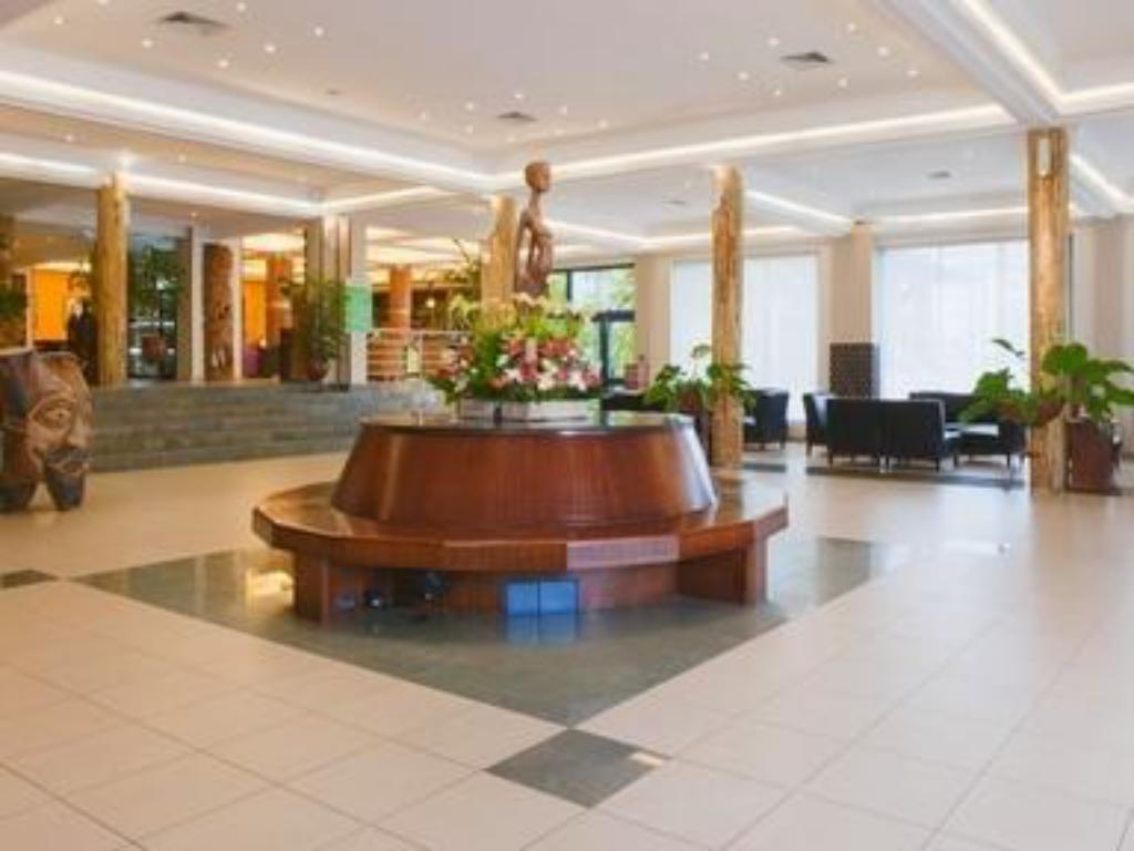 Лобби Holiday Inn Accra Airport