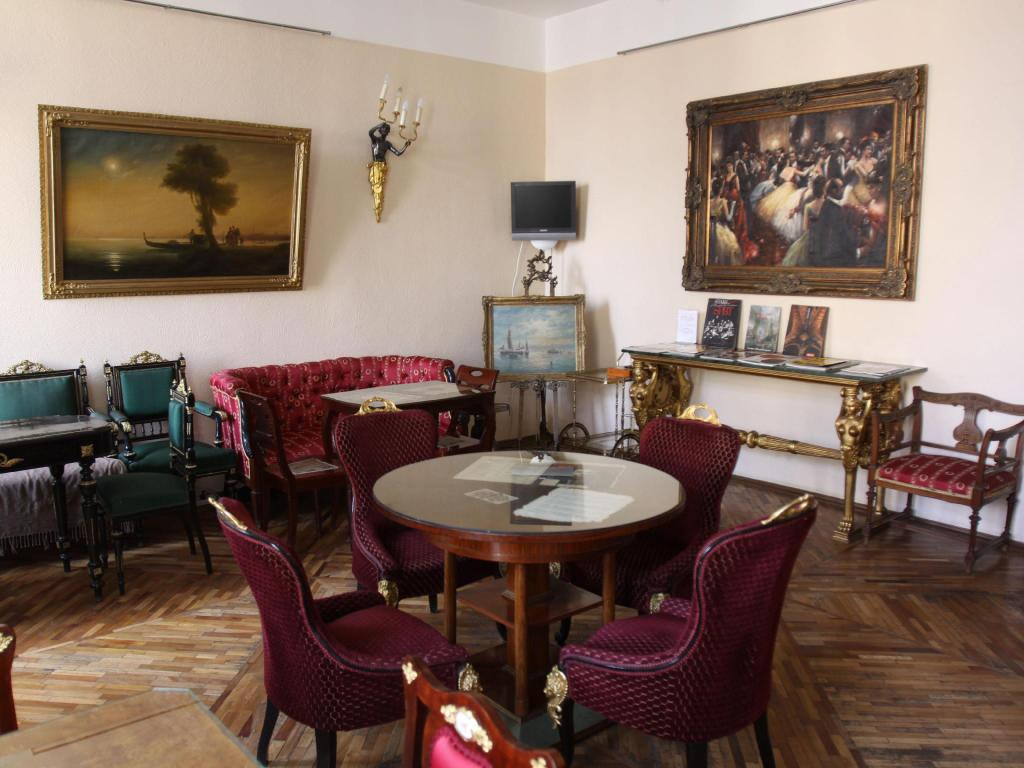 Interno Antique Hotel Rachmaninov