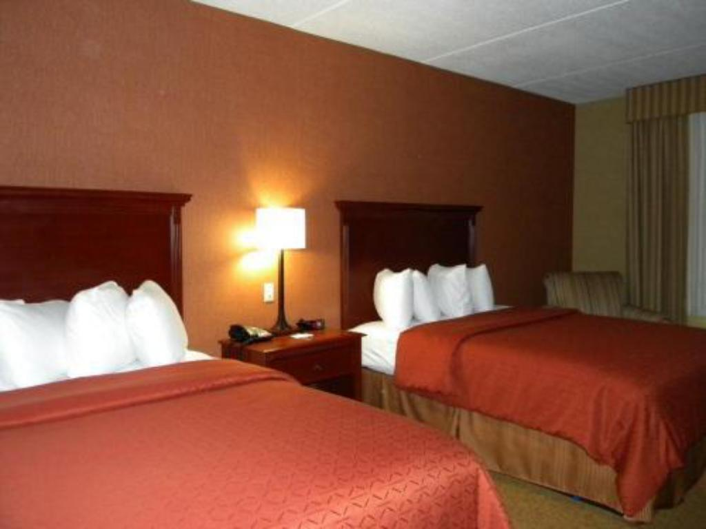 Bed Country Inn & Suites By Carlson Nashville Airport