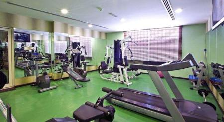 Fitness center Landmark Riqqa Hotel