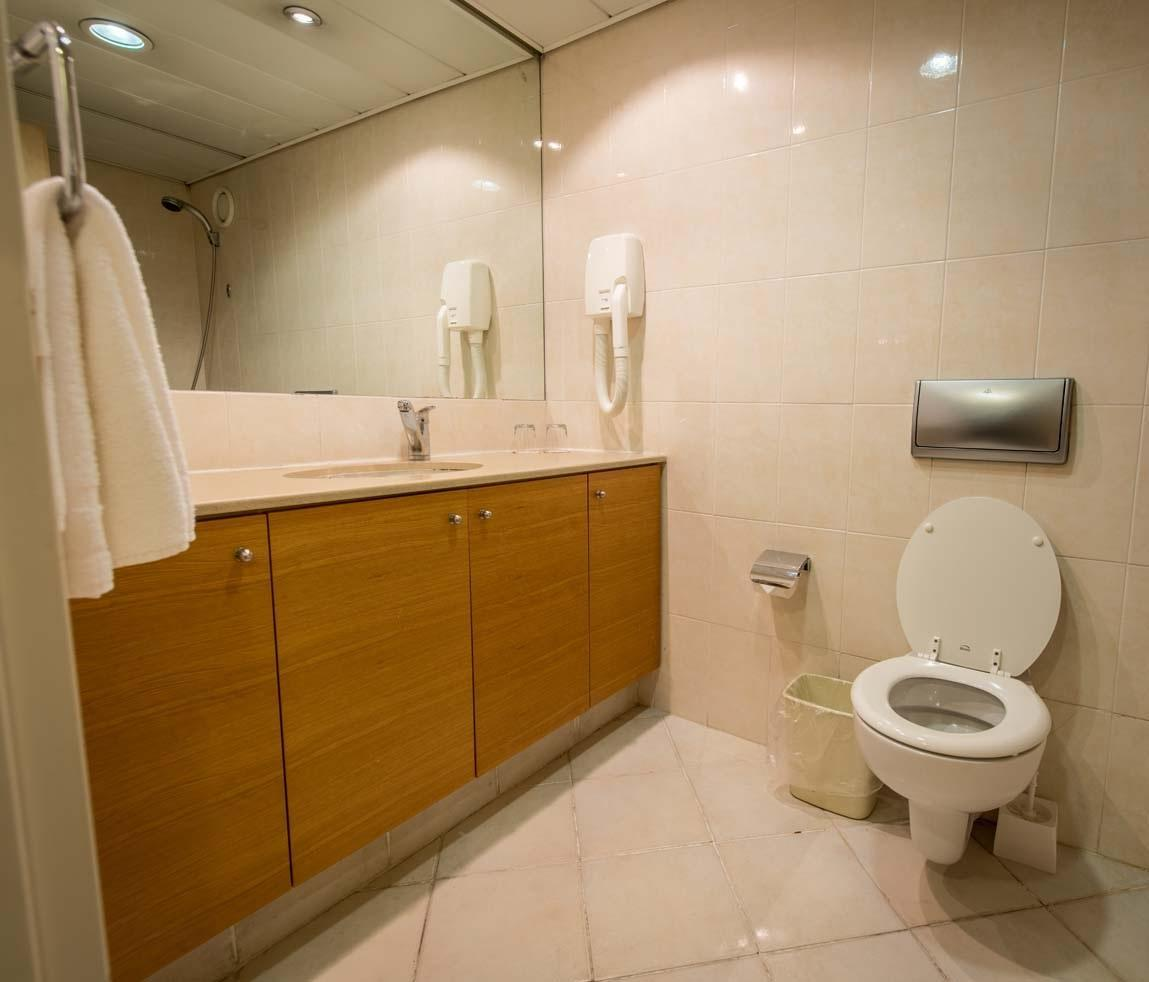 Apartament Junior (2 osoby dorosłe 2 dzieci) (Junior Suite (2 Adults 2 Children))