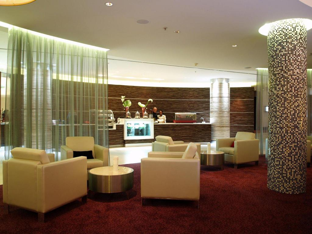 לובי Crowne Plaza Johannesburg - The Rosebank