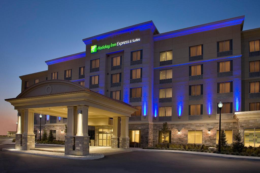 Exterior view Holiday Inn Express & Suites Vaughan Southwest