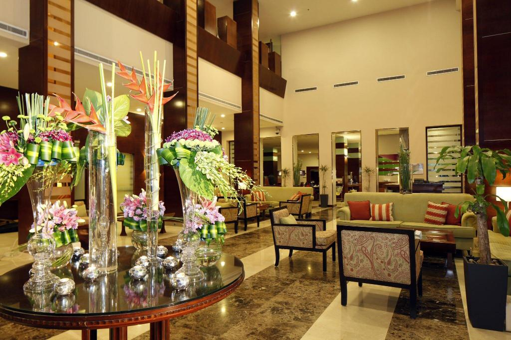 Foyer Holiday Inn Riyadh Al Qasr
