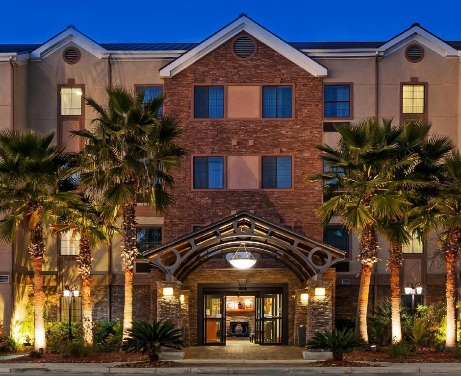 Staybridge Suites San Antonio Nw Near Six Flags Fiesta In