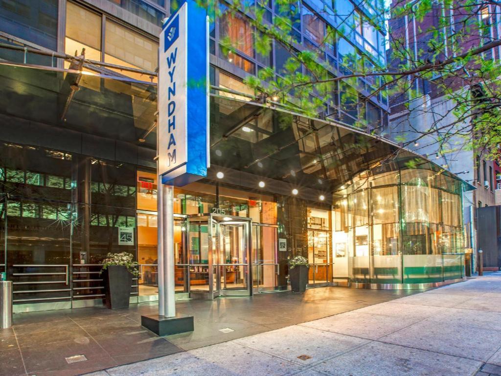 wyndham midtown 45 hotel in new york ny room deals. Black Bedroom Furniture Sets. Home Design Ideas