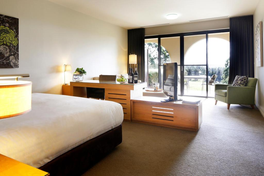 Villa Studio - Guestroom Chateau Elan at The Vintage Hunter Valley
