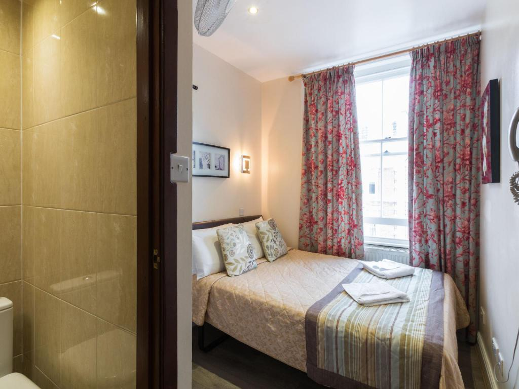 Double Room - Guestroom Notting Hill Gate Hotel