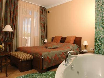 Special Offer - Comfort Double Room with Romantic Package