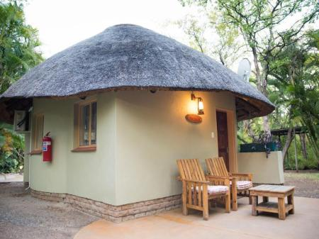 Chalet Standard - Pemandangan Sefapane Lodge and Safaris Hotel