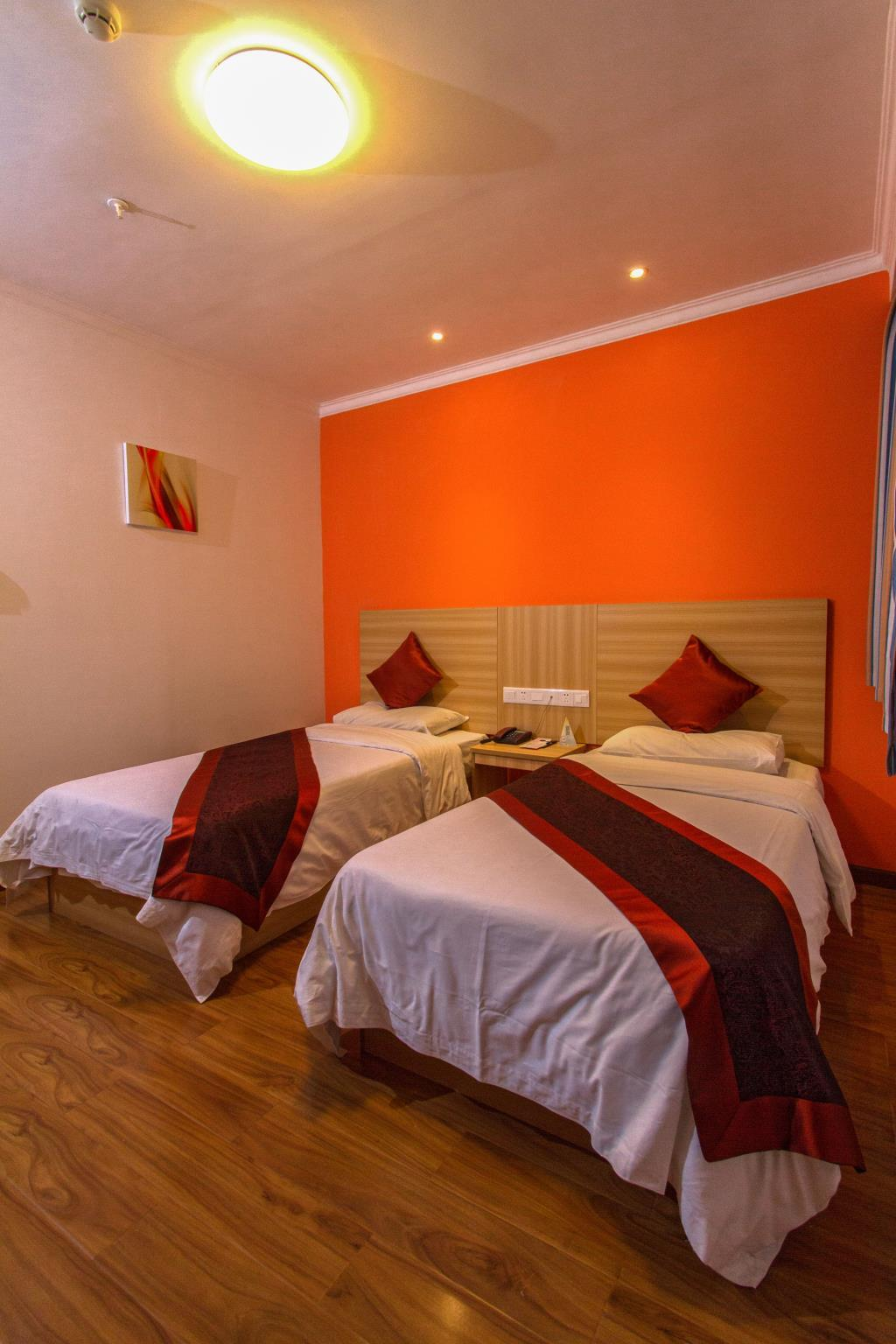 Quarto Standard em edifício anexo com 2 camas individuais (Annex Building Standard Room with 2 Single Beds)