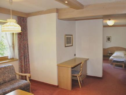 Superior Double Room (2 Adults + 2 Children)