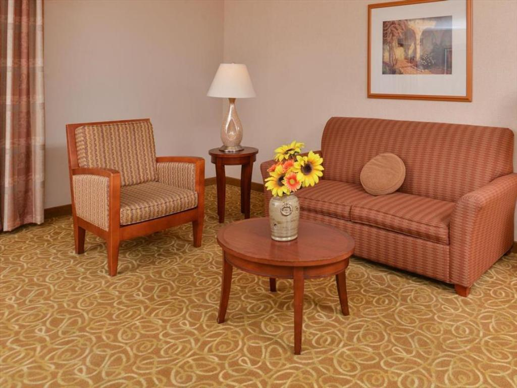 Hilton Garden Inn Reno in Reno (NV) - Room Deals, Photos & Reviews