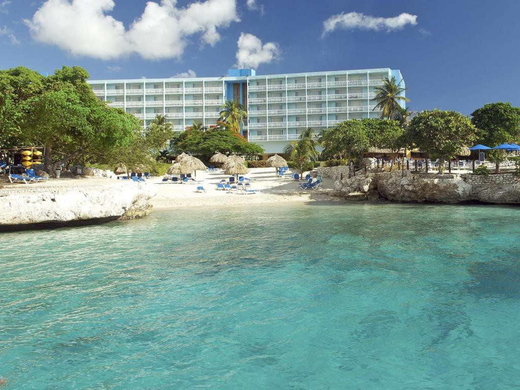 Book From Nz 298 Hilton Curacao Hotel Wishi Willemstad