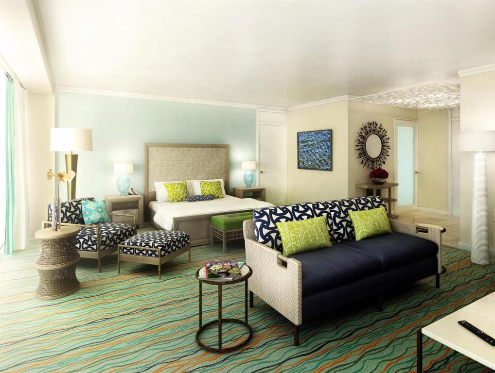 Junior Suite with 1 King Bed and Oceanview - Suite room