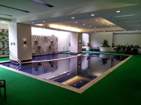Swimming pool Millenia Suites Ortigas