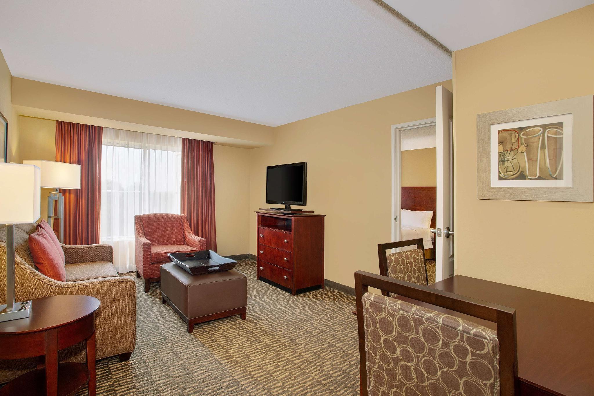 Homewood Suites By Hilton Tampa Brandon Room Deals Reviews