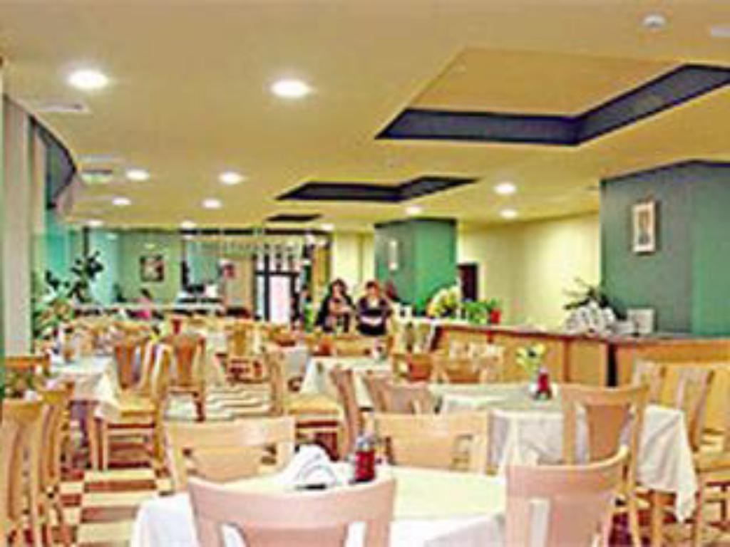 Restaurant Mena Palace Hotel - All Inclusive