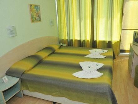 Twin Room with Balcony (2 Adults + 1 Child)