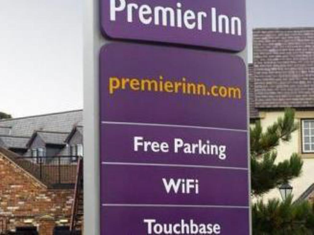 Exterior view Premier Inn Stafford North - Hurricane