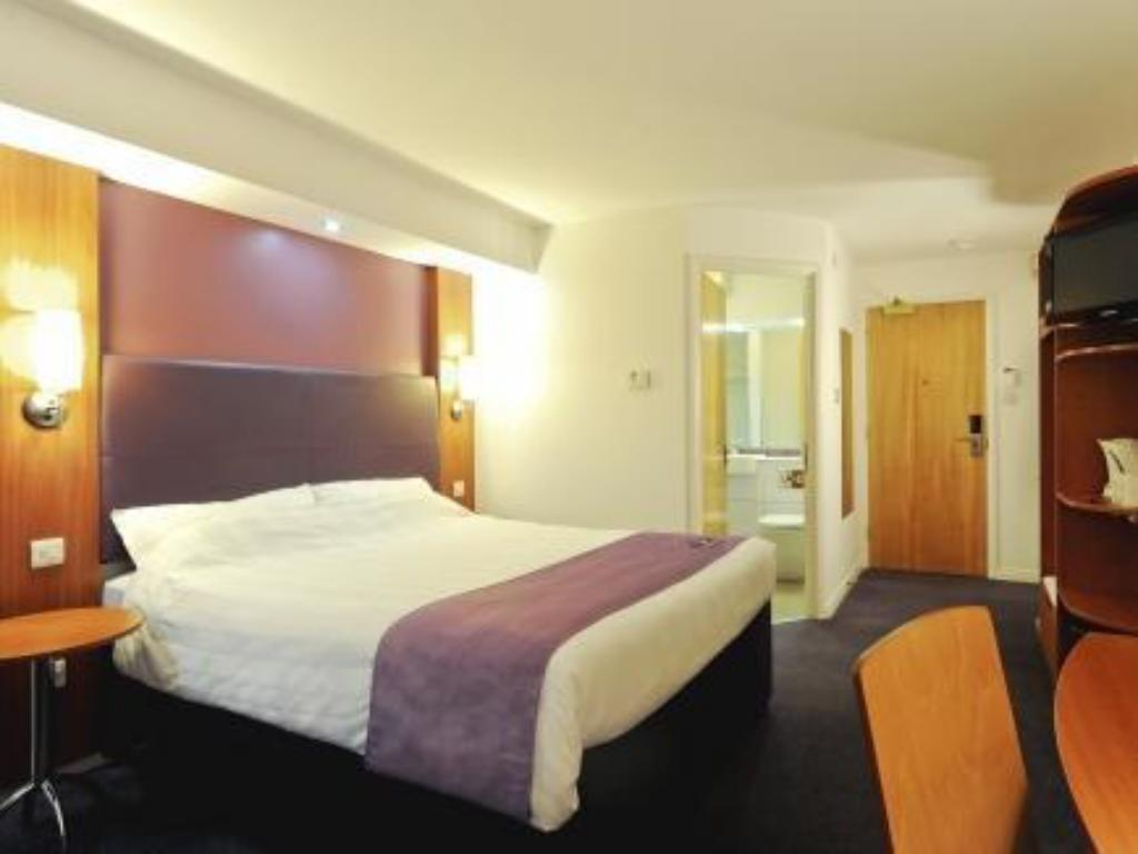 Dobbeltrom - Seng Premier Inn Wrexham North (A483)