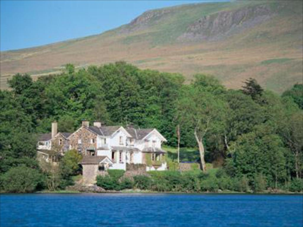 Esterno Sharrow Bay Country House Hotel
