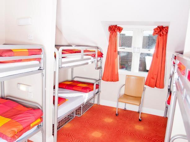 Bed in 6 Bed Mixed Dormitory Ensuite