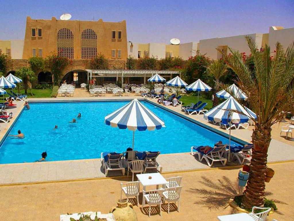 Swimming pool Mehari Douz Hotel