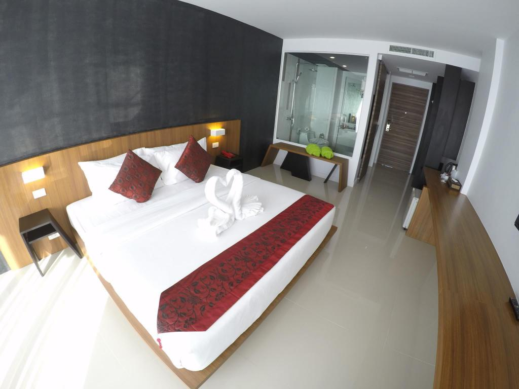 Superior Double Room - Guestroom Phoenix Grand Hotel