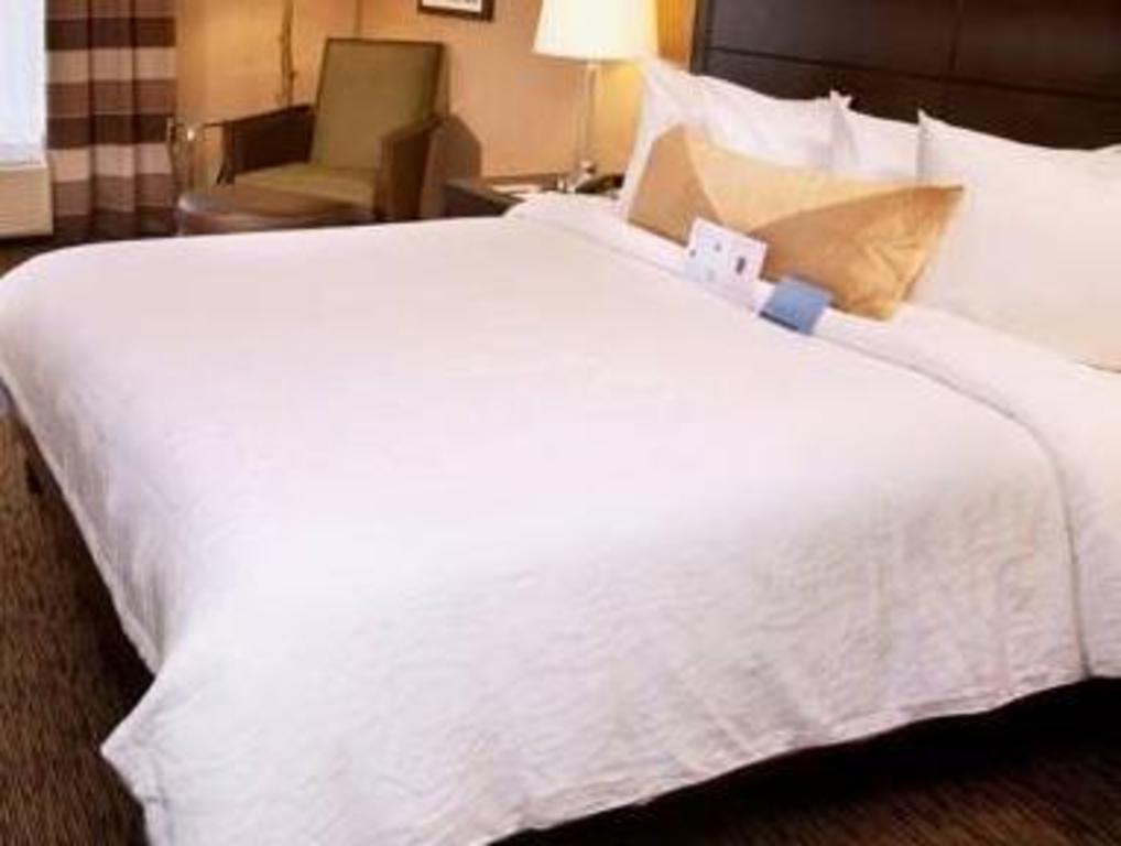 king room hilton garden inn st louis airport - Hilton Garden Inn St Louis Airport