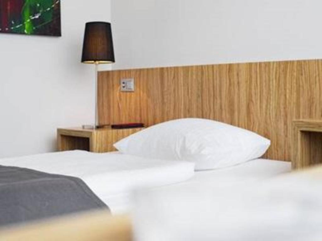das cityherberge in dresden buchen. Black Bedroom Furniture Sets. Home Design Ideas