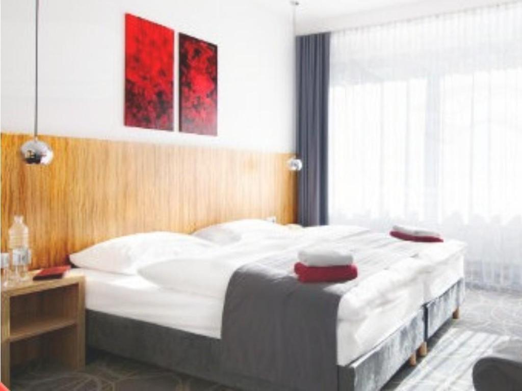 cityherberge. Black Bedroom Furniture Sets. Home Design Ideas