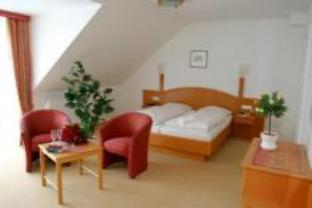 Dobbeltrom med balkong eller terrasse (Double Room with Balcony or Terrace)
