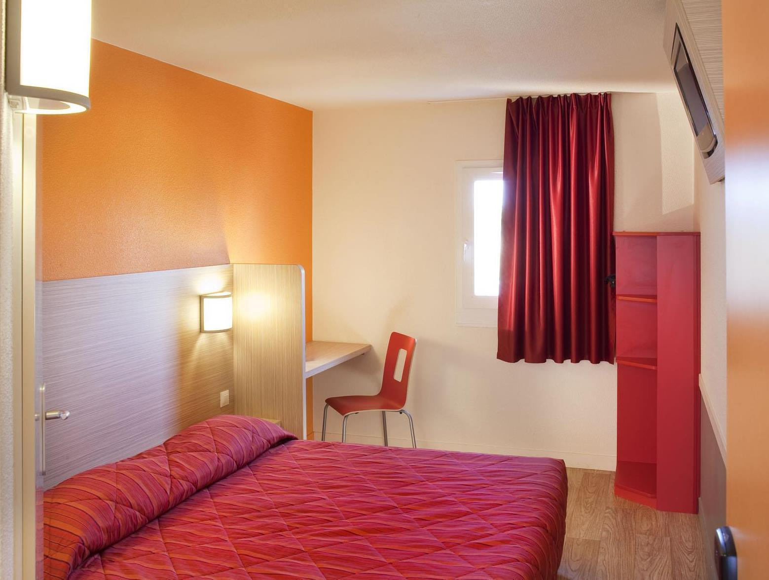 Premiere Classe Epernay France Photos Room Rates Promotions