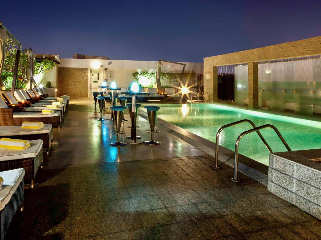Swimming pool [outdoor] Novotel Suites Dubai Mall of the Emirates