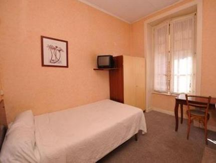 Economy Double Room with Shower and Shared Toilet