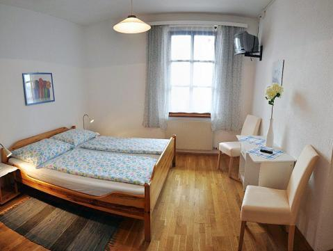 Enkeltrom med delt bad (Single Room with Shared Bathroom)