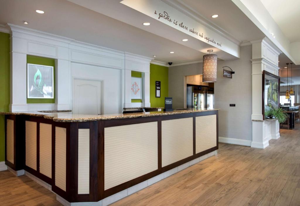 Hilton Garden Inn Riverhead In Riverhead Ny Room Deals Photos Reviews