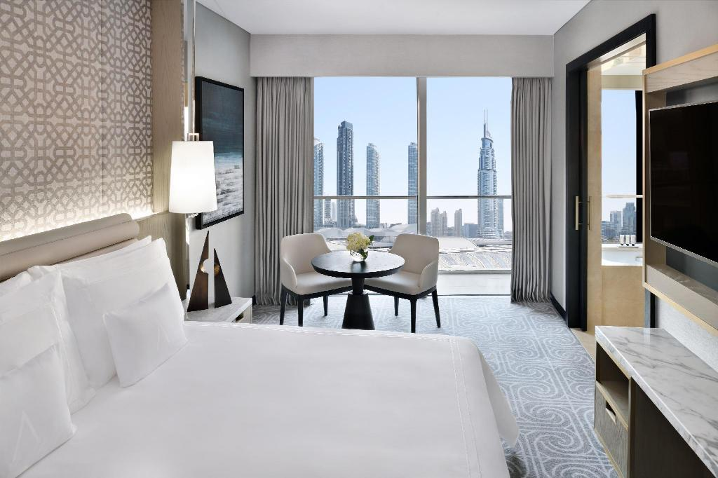 Deluxe Double - Bed Address Dubai Mall